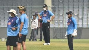 Bangladesh coach Russell Domingo, extreme left and spin bowling coach Daniel Vettori, second from right, seen wearing mask during Bangladesh team's practice session at the Arun Jaitley stadium in New Delhi(PTI)