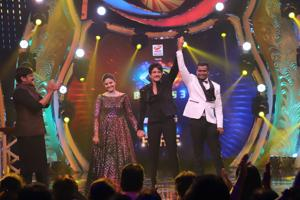 Bigg Boss Telugu 3: Nagarjuna Akkineni announces singer Rahul Sipligunj as the winner.
