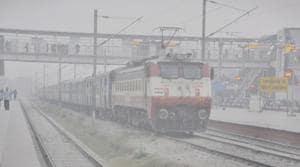 Fog hits train operations every year.(HT PHOTO)