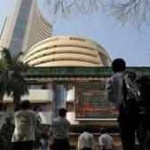 Nifty, Sensex end higher as banks surge(REUTERS)