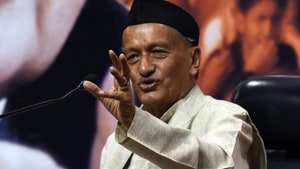 Maharashtra Governor Bhagat Singh Koshyari on Wednesday explained why he did not invite Congress to form government in Maharashtra. The state has been under President's Rule since November 9.(HT File Photo)