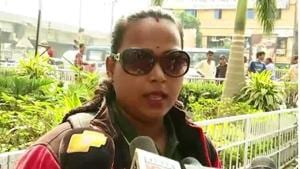 The video of a woman motorcyclist in Cuttack refusing to pay a fine for not wearing a helmet has gone viral on social media.(Special Arrangement)
