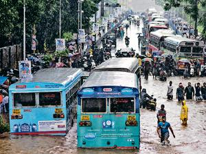 Nature strikes back: Floods in Dadar TT circle in Mumbai on September 4, 2019.(Pratik Chorge/HT Photo)
