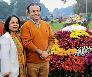 Rajni Thareja (left) and Sanjay Thareja bagged 27 prizes at the 33rd Chrysanthemum Show organised by the municipal corporation at Terraced Garden, Sector 33, Chandigarh.(Keshav Singh/HT)
