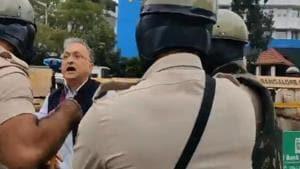 Noted historian Ramchandra Guha detained during anti-CAA protest in Bengaluru