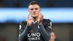 Leicester City's Jamie Vardy applauds fans after the match(Action Images via Reuters)