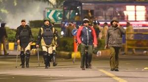 Delhi Police on alert after Disperse JNU Students outside the Shastri Bhawan in New Delhi(Raj K Raj/HT Photo)