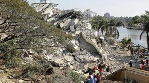 In six seconds, two illegal skyscrapers razed to dust in Kochi