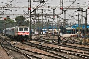 The IR is proposing to undertake Rs 50 lakh crore investment over the next 12 years to modernise the IR service and bring world-class operating safety, customer service and train speeds to India.(Hindustan Times)