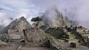 Machu Picchu damage tourists deported, banned for 15 years