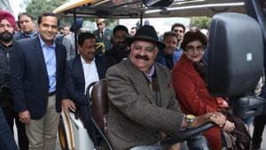 Free battery-operated cart service to assist visitors at Sector 17 Plaza launched in Chandigarh