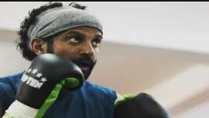 Farhan Akhtar plays a boxer in Toofan.