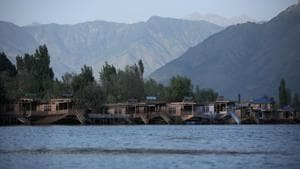 Empty houseboats are seen at Dal lake, in Srinagar.(REUTERS)