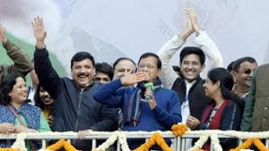 'Special guests' to share stage with Kejriwal at swearing-in today