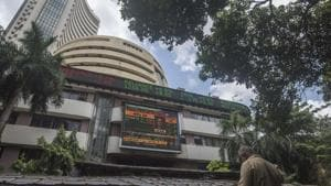Rupee slips 26 paise to 71.80 against US dollar in opening trade