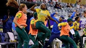 South Africa defeated England in the Women's T20World Cup.(Twitter)