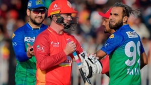 Imran Tahir and Colin Munro were involved in a fiery exchange(Twitter)