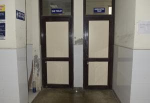Locked toilets at the community health centre in Ludhiana on Monday.(Gurpreet Singh/HT)