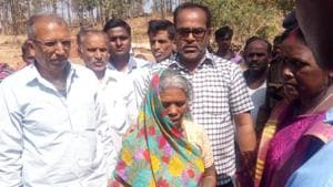 Barki Khol wife of Arjun Khol being handed over ex-gratia by forest officials following death of her husband. Arjun was crushed to death by an Elephant in Giridih on February 27,2018(Bijay-Hindustan Times (Image for representational purpose))
