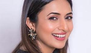 Divyanka Tripathi reveals her brother is a pilot, father a pharmacist, slams discrimination against professions