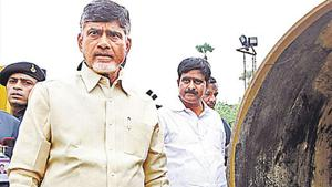 Chandrababu Naidu wrote a letter to Union minister Piyush Goyal demanding thorough probe into the gas leak incident in Andhra Pradesh.(HT Photo)