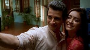 Baarish 2 review: Sharman Joshi and Asha Negi play a married couple headed for divorce.