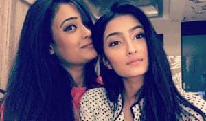 Shweta Tiwari with daughter Palak Tiwari.