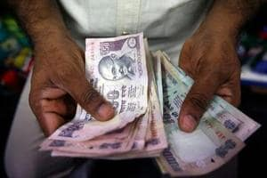 The need of the hour was money in hand, or simply, cash. It's the reason the $2 trillion stimulus package announced by United States, at 10% of GDP which is almost the same proportion as India's (the ₹20 lakh crore works out to a little less than 10% of India's GDP) is a good benchmark(REUTERS)