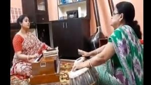 The four-minute-long video shows the daughter-in-law playing a harmonium while her mother-in-law is seen playing the tabla.(Facebook/Khola Janala)