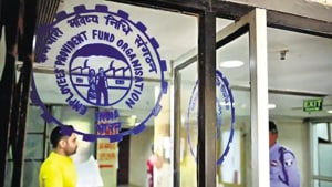 EPF contributions are paid as proportion of basic wages which include basic pay and DA.(HT Photo)