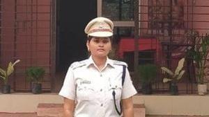 Sandhyarani Jena, the inspector at Patana police station in Keonjhar district.(Twitter/@DGPOdisha)