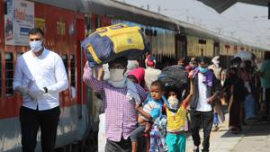 Indian Railways on Saturday said it will ferry another 3.6 million migrant labourers stranded across the country.(Gurminder Singh/Hindustan Times)
