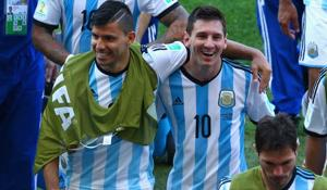 'I was bored,' Aguero phones Messi in middle of live stream