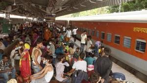 The incident occurred at around 11.40am when the 09399 Shramik Special train way from Palghat to Bihar Sharif arrived at the Prayagraj station. (File Photo Santosh Kumar/Hindustan Times)