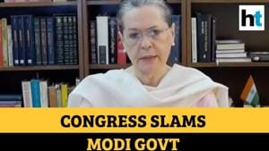 'Entire country heard cries of migrants but not govt': Sonia Gandhi