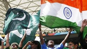 File image of India and Pakistan fans in a cricket match.(Reuters)