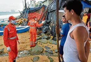 An NDRF team, which was deployed at Thane district, has been diverted to Srivardhan in the south of Raigad to carry out an assessment of the damages caused by the cyclone.(Satyabrata Tripathy/HT Photo)