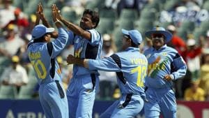 Javagal Srinath celebrates with Indian cricketers during 2003 World Cup(Getty Images)
