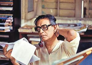 With Charulata, legendary filmmaker Satyajit Ray became a wizard for Vinay Pathak who magically knew how his heart beats when it is in the grips of the pangs of love