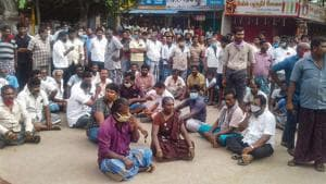Villagers in Tamil Nadu's Tuticorin stage a protest against the death of Jayaraj and his son Bennicks, on Sunday.(PTI File Photo)
