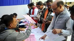 """The Election Commission has cited """"the field situation and logistics of operationalization"""" as the rationale behind its decision to not allow postal ballots.(Diwakar Prasad/ HT Photo)"""