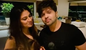 Sonia Kapoor explains why she is singing 'happy birthday to me' on Himesh Reshammiya's birthday, cutting his cake