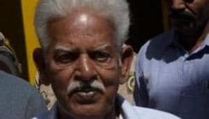 Varavara Rao is believed to have contracted the viral infection while he was lodged at Navi Mumbai's Taloja Jail.(HT PHOTO)