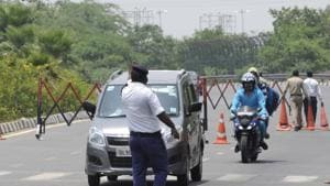 The two Uttar Pradesh border districts had restricted movement with the national capital in an effort to contain the spread of the coronavirus disease.(Sunil Ghosh / Hindustan Times)