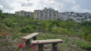 Pune Municipal Corporation published the draft Environment status report for the year 2019-20 and highlighted the existing status of green cover, river, besides noise and air pollution.(Milind Saurkar/HT Photo)