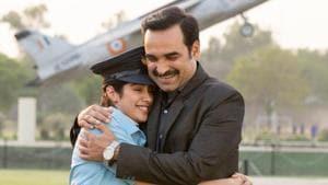 Gunjan Saxena review: Janhvi busts boys locker room in proud Netflix film
