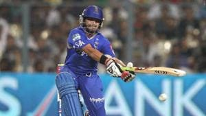 IPL 2020: Rajasthan Royals' fielding coach tests positive for Covid-19