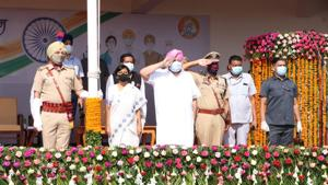 Chief minister Capt Amarinder Singh after unfurling the Tricolour at the state-level Independence Day function in Mohali on Saturday. Chief secretary Vini Mahajan and director general of police Dinkar Gupta were among the few officials present at the low-key event amid the Covid-19 pandemic.(HT Photo)