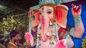 The government has already requested sarwajanik Ganeshotsav Mandals to keep the ganesh idols height four feet and domestic Ganesha to be under two feet.(PTI)