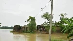 A view of flood affected village in Madhubani, Bihar.(HT photo)